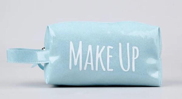 necessaire simples para maquiagem