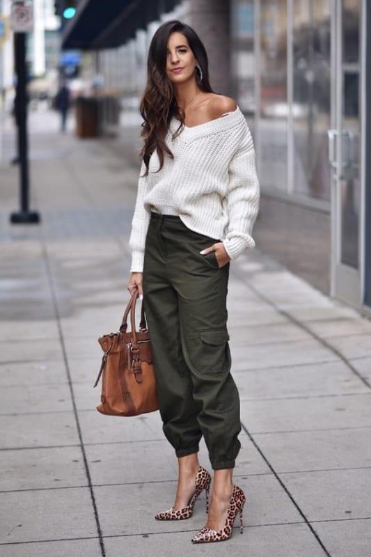 look street style com calça verde militar