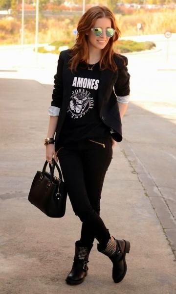 look feminino com camiseta de rock