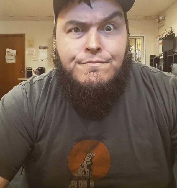 Barba sem Bigode lenhador