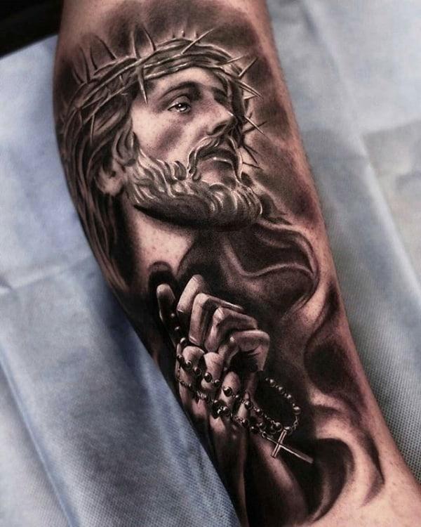 Linda Tatuagem Jesus Cristo no braço