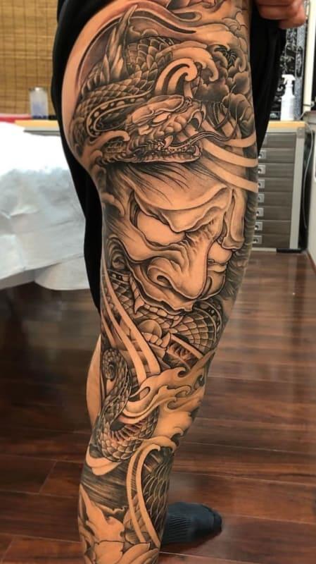 Tatuagem na Perna Fechada dragão