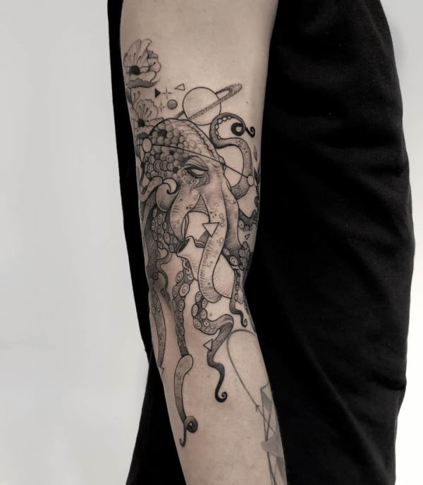tatuagem de polvo no braço