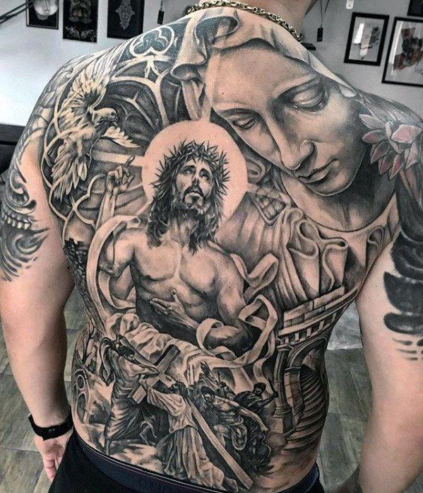 tatuagem grande de jesus nas costas