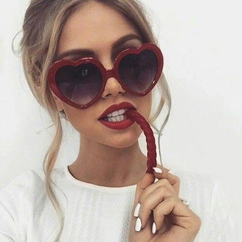 Óculos com formato de óculos tumblr coração