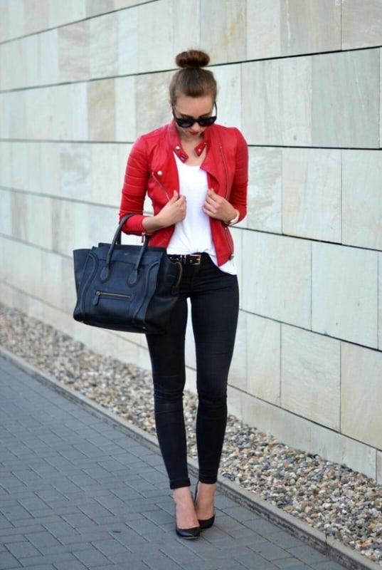 look feminino com jaqueta de couro