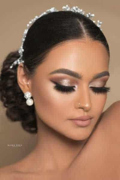maquiagem com delineado preto para noiva