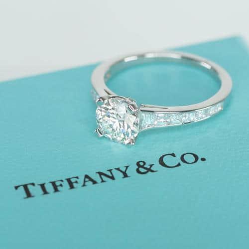 anel de noivado da Tiffany