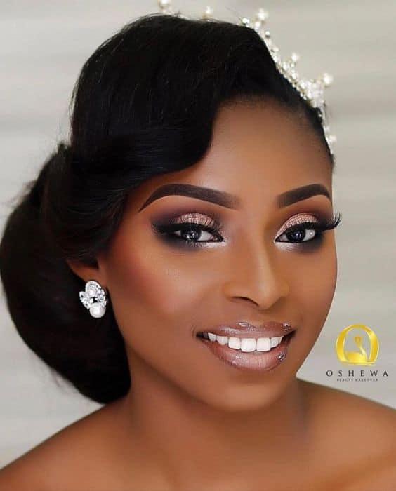 maquiagem de noiva negra com gloss