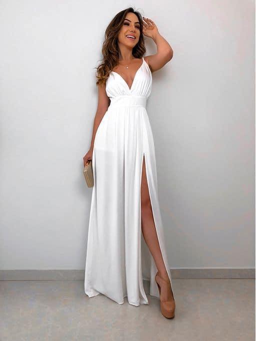 vestido de noiva longo e com decote para casamento civil