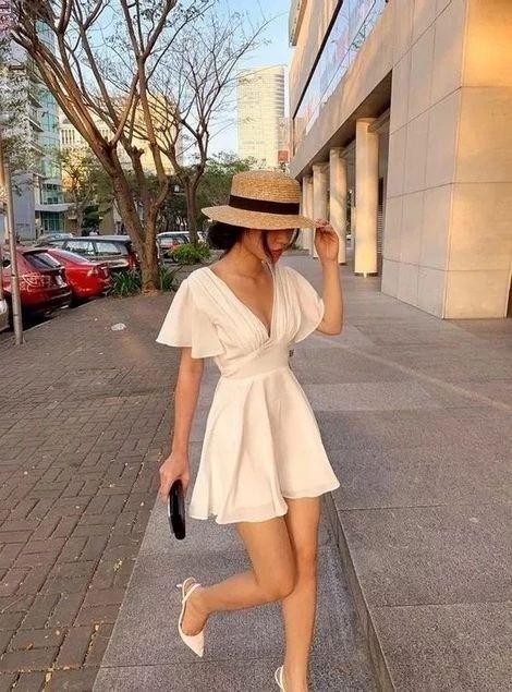 look tumblr com vestido branco curto