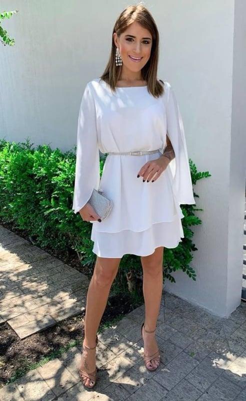 vestido branco e curto para casamento civil