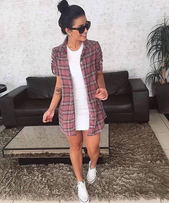 look tumblr com vestido e camisa xadrez