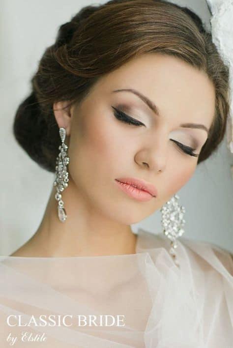 noiva clássica com maquiagem suave