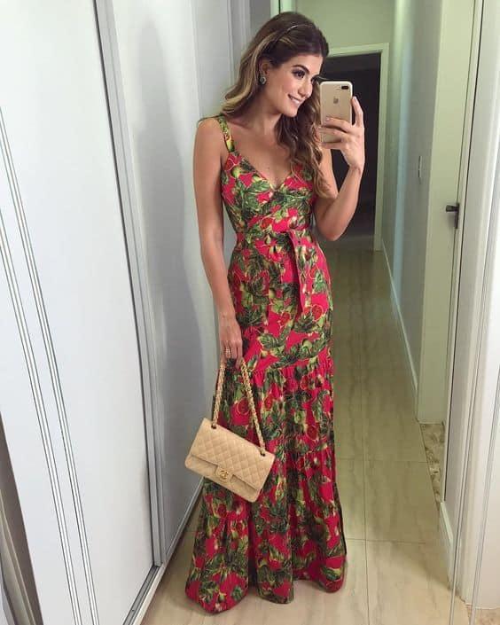 look de natal com vestido floral