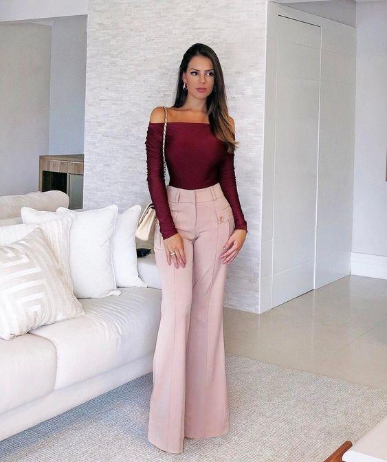 look com calça social rosa de cintura alta