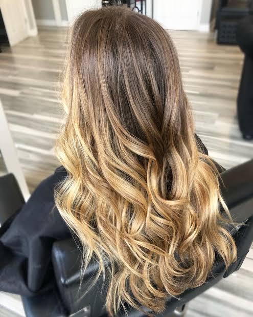 Balaiagem mel em cabelo com base castanha14