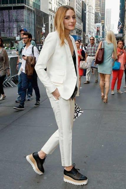 Look todo branco com oxford preto flatform moderno
