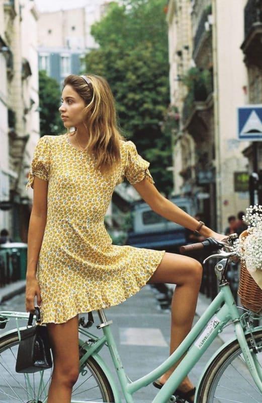 Modelito de vestido anos 60