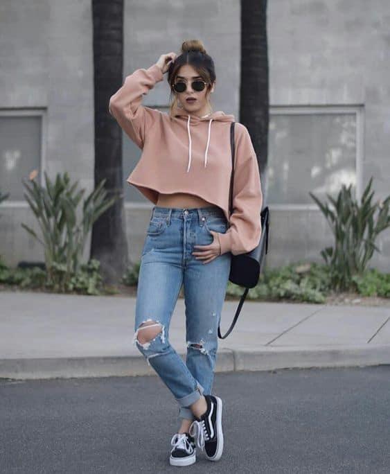 Moletom rosa cropped para look Tumblr