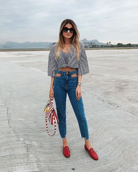 Thássia Naves com skinny jeans estilosa