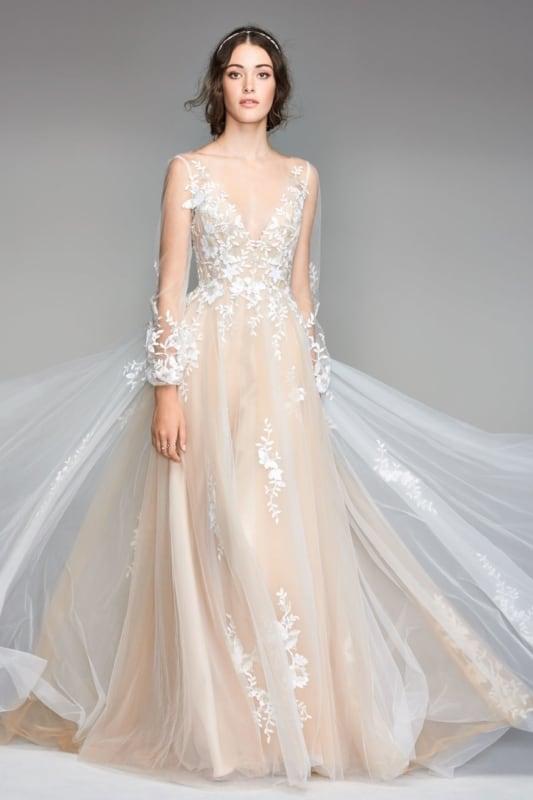 Vestido de noiva com transparências off white