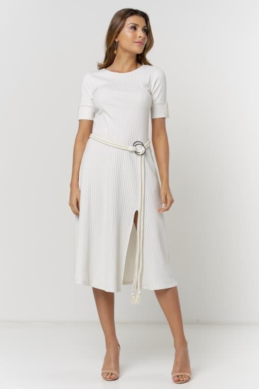 Vestido off white canelado