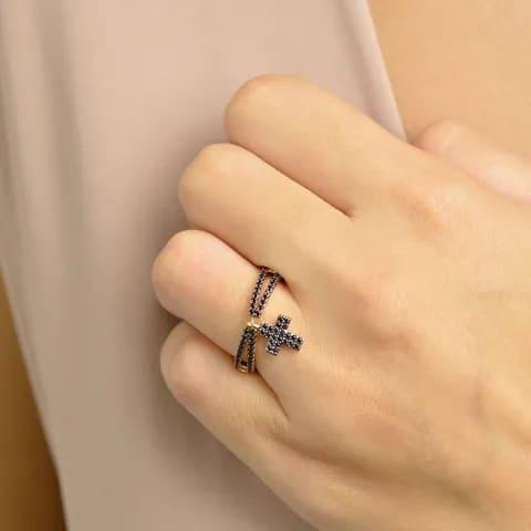 anel com pingente crucifixo