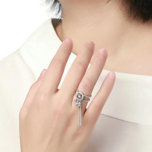 anel com pingente prata