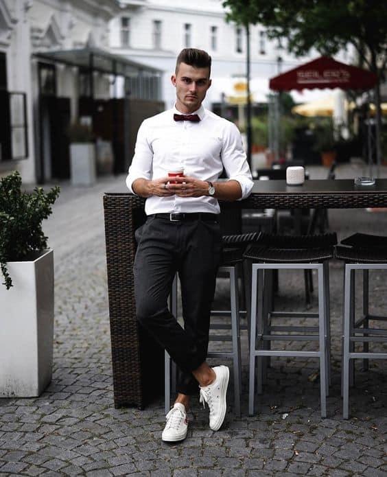 dica de look formal com tênis branco masculino