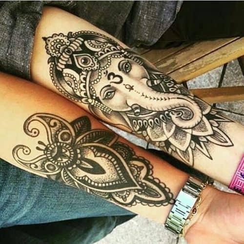 ideia de Tatuagem Ganesha no braço