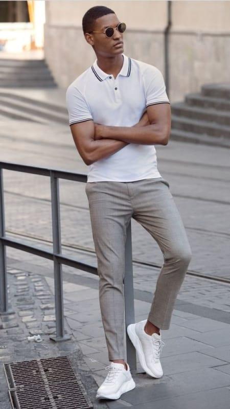 ideias de look formal com tênis branco masculino