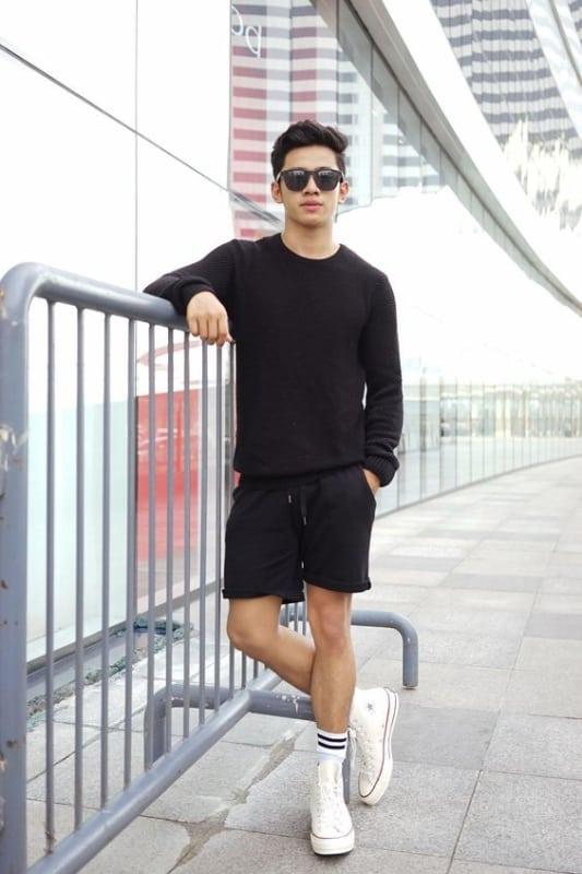 look preto com tênis branco masculino