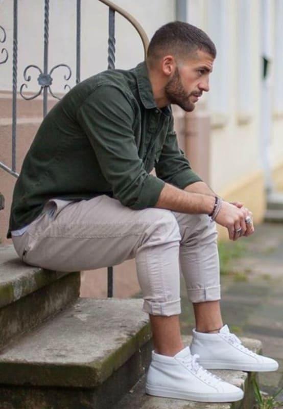 tênis branco masculino cano alto simples