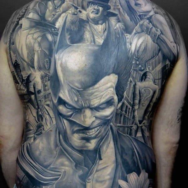 tatuagem Batman grande nas costas
