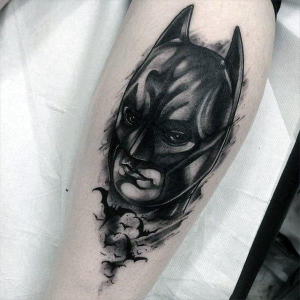 tatuagem Batman na perna ideias