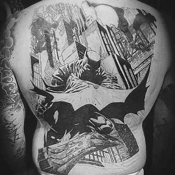 tatuagem Batman nas costas HQ