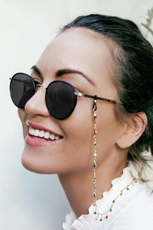 como usar óculos de sol redondo feminino