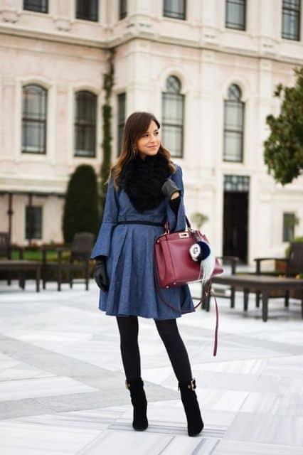 look de inverno com vestido jeans rodado