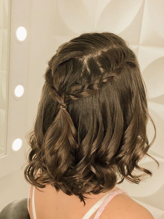 penteado semi preso com trança para madrinha de casamento