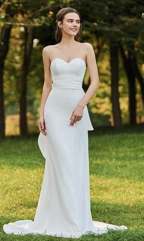 vestido de noiva reto com decote sem alças
