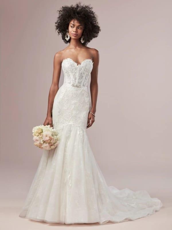 vestido de noiva sereia com decote coração
