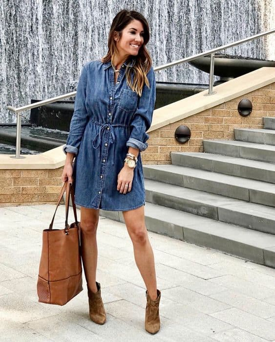 vestido jeans de manga longa com botinha