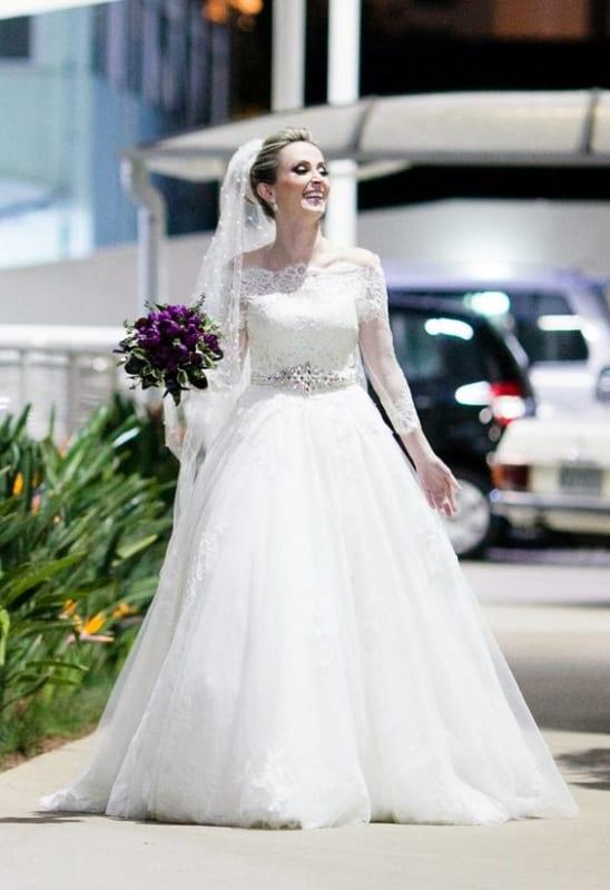 vestido de noiva princesa com manga de renda