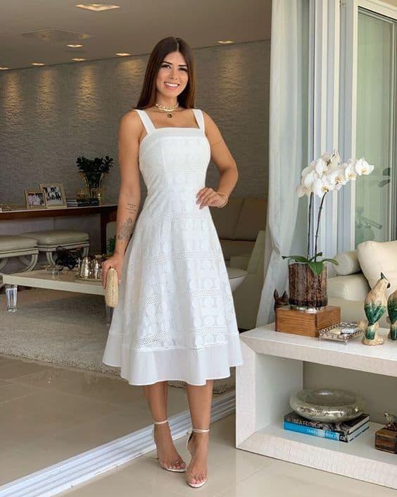 look ocm vestido branco midi rodado