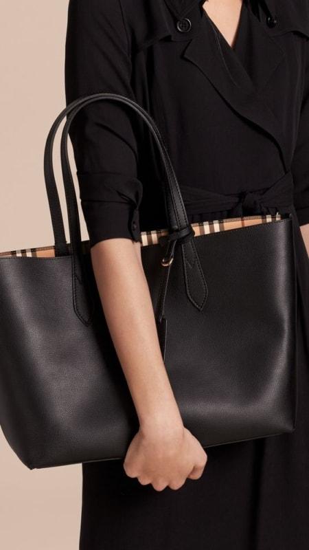 bolsa sacola preta com forro xadrez