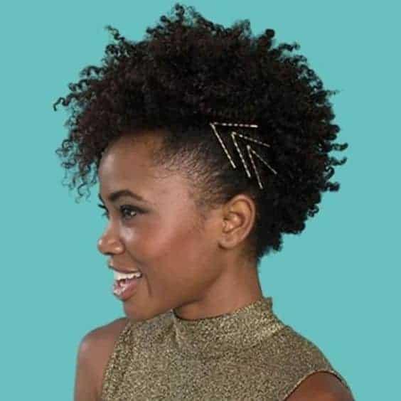 penteado com grampos para cabelo afro