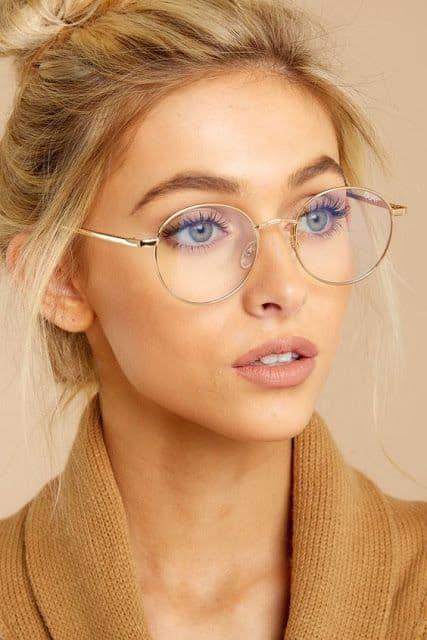 como usar óculos de grau feminino redondo com armação dourada