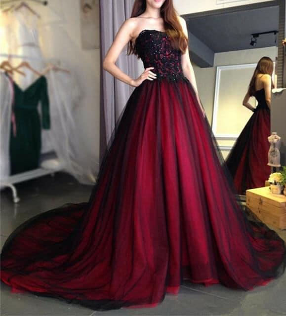 vestido de noiva princesa em vermelho e preto