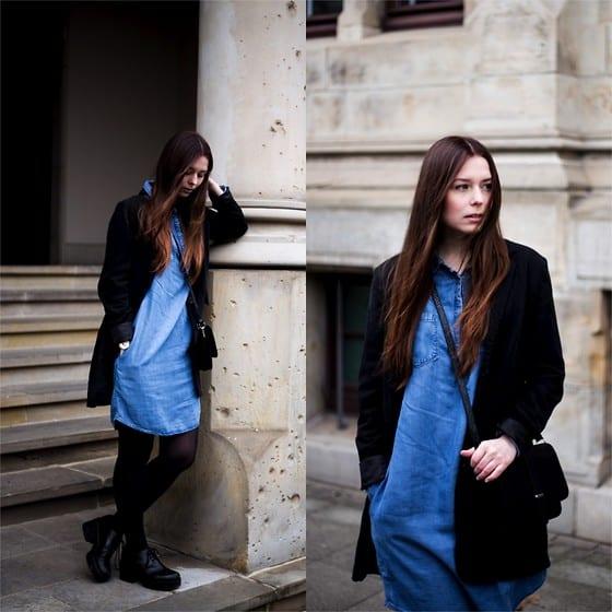 look cm vestido jeans e casaco de veludo preto